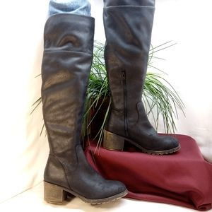 SO Sled black, tall,  over the knee boots. (9)